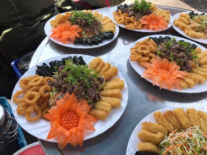 Dịch vụ đặt tiệc tại nhà phải đảm bảo món ăn ngon , sang trọng và đầy đủ chất dinh dưỡng