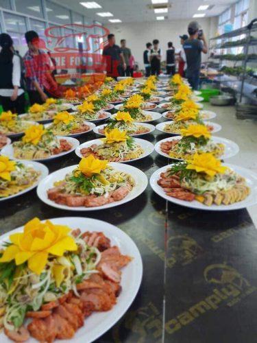 Dịch vụ nấu tiệc tại nhà tiết kiệm được ngân sách cũng như thời gian.
